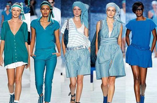 """""""亮蓝""""成为2010年最热门的时尚色彩"""